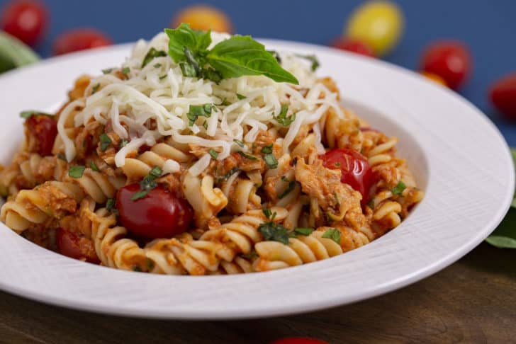 Easy Tuna Pasta with tomato sauce